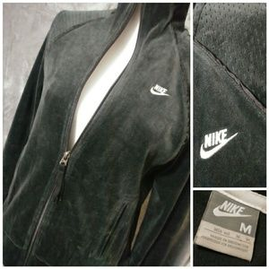 💖 Nike Velour Zip Up Jacket 💖